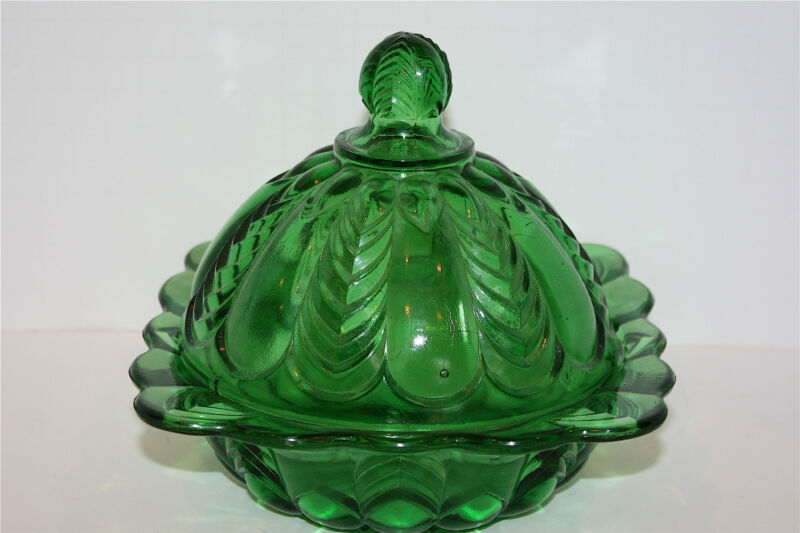 1890  EAPG US GLASS  FLORIDA, HERRINGBONE EMERALD  GREEN BUTTER DISH