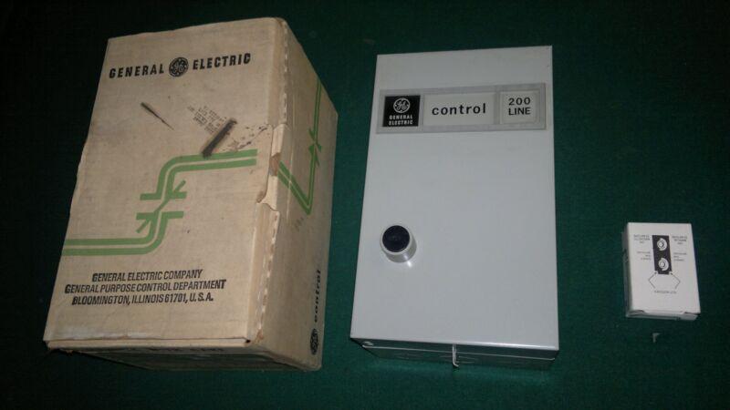 GE Size 00 Full Voltage Starter & Enclosure CR206A102