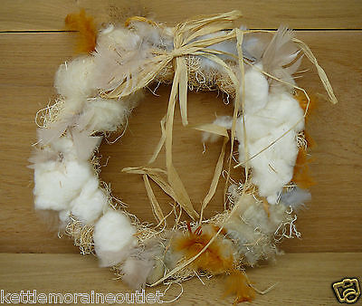 Songbird Essentials Nesting Material Wreath Wild Bird Nest Builder Feathers Hemp