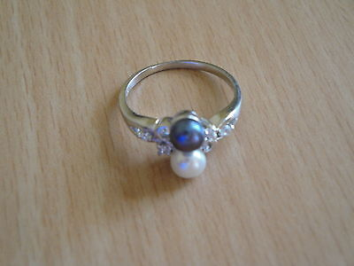 5.5mm AA+ White & Black Akoya Cultured Pearl Ring Sz.7.5 -rg12 ()