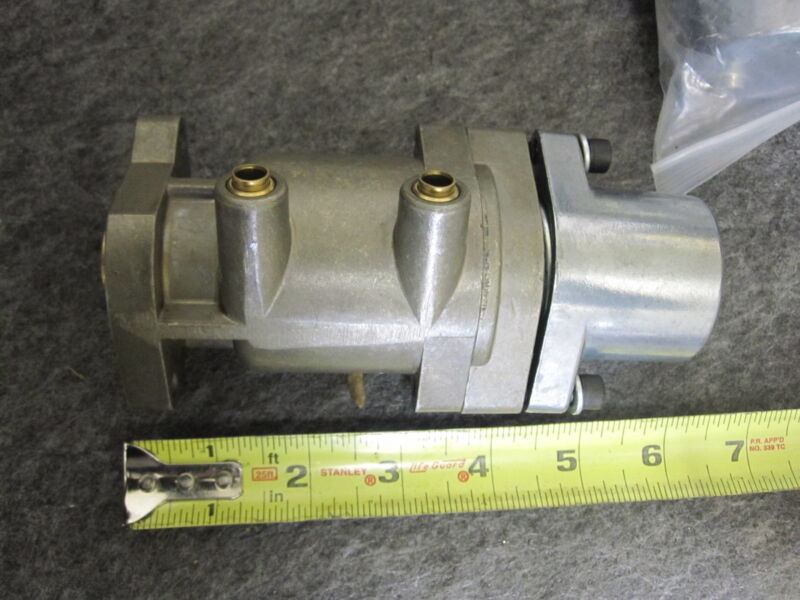 Parker 12546001 Hydraulic Valve New