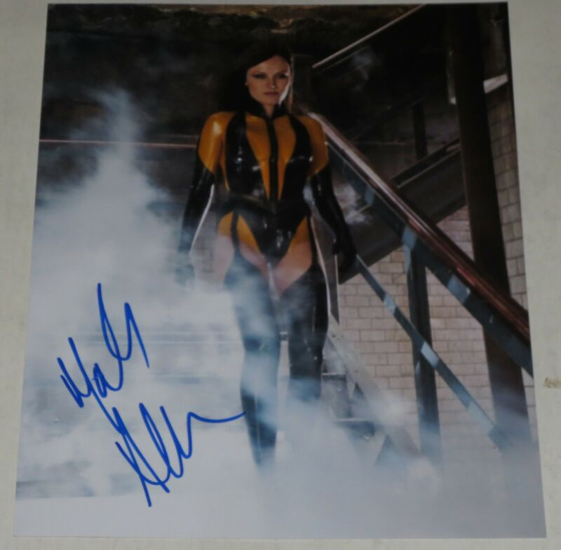 MALIN AKERMAN SIGNED 8X10 PHOTO AUTHENTIC AUTOGRAPH WATCHMEN COA