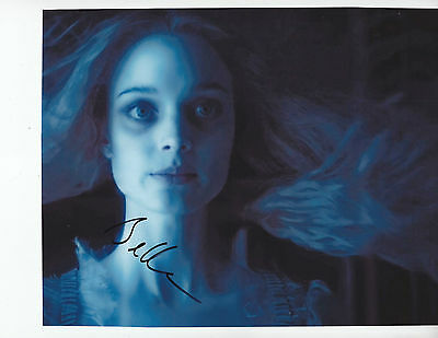 Bella Heathcote   Dark Shadows   Signed 8X10