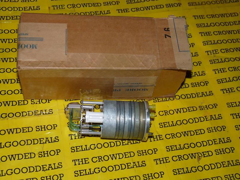 Moore 14888-3 Transmitter Controller B/M14888-3 New