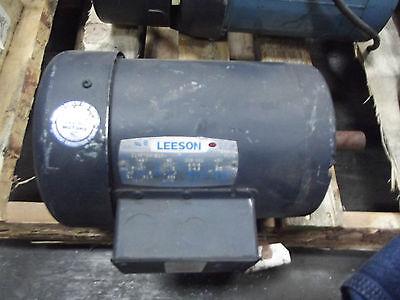 Leeson Industrial Motor 1 12 1.5hp 3 Phase