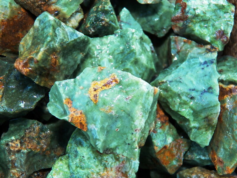 500 Carat Lots of Chrysoprase Rough - Plus a FREE Faceted Gemstone
