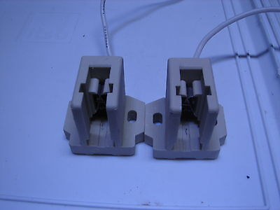 A pair of 250 watt Double Ended Metal Halide HQI Sockets Brand New!!!! ()