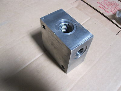 New Eaton Vickers Hydraulic Block Valve 30915-1