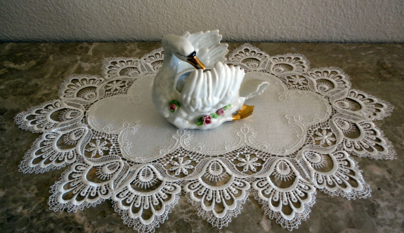 "Delicate White trim Lace Placemat  Doily  Estate Design 18"" x 13"""