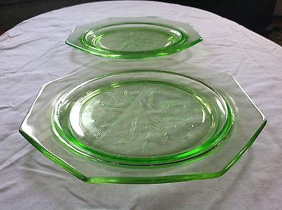 RARE Set of 2 Vintage GREEN DEPRESSION GLASS Octagon Plates U.S. Glass Company