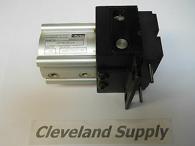 Parker Gpt151-a21j-a Pneumatic Parallel Gripperactuator 100psi New Condition
