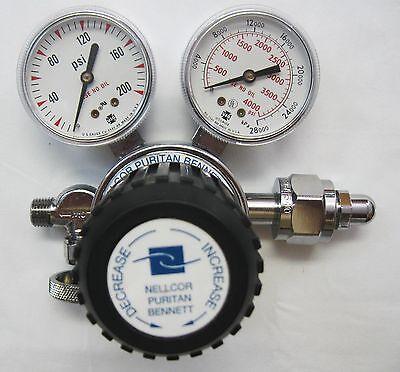 New Dual Gauge Nellcor Puritan Bennett Compressed Gas Regulator Model 31 Nice