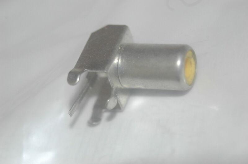 RCA JACK 400.023 yellow new parts lot Quantity-25