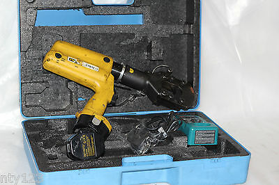 Stanley Battery Powered Hydraulic Cable Cutter 14.4 Volt Cordless Ccb16001
