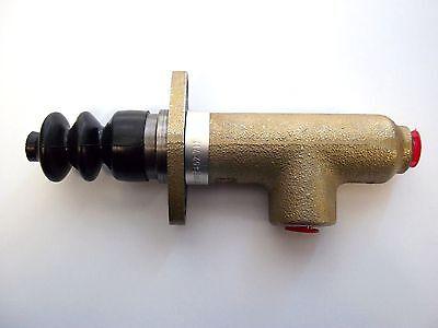 Zetor Tractor Master Brake Cylinder - 62452711