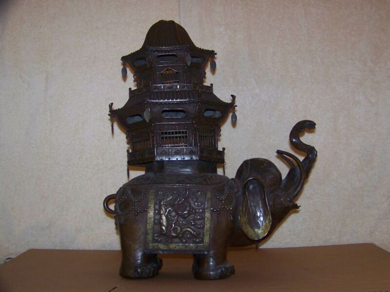Chinese Qing Dynasty Bronze Elephant Temple Censor Libation Pagoda Statue