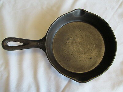 #3 Cast Iron Skillet Clean No Name Cast Iron Fry Pan