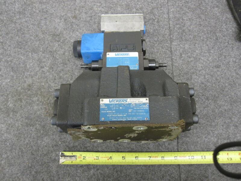 Vickers DG5S-8-2A-2-T-M-FW-B5-30-EN478 Directional Control Valve New