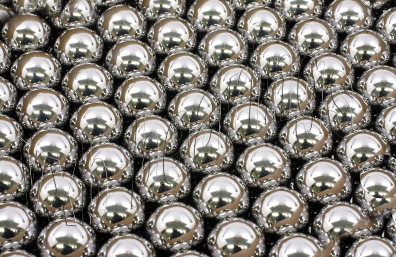 """500 Bicycle Bearing Balls Assortment 100 of sizes 0.125""""156 188 219 & 0.250""""inch"""