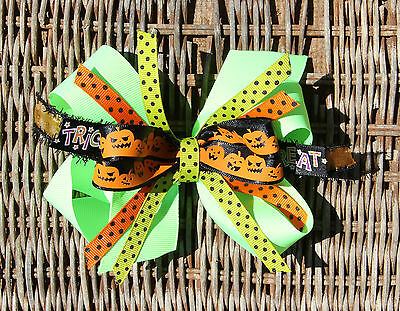 Lime Green with Pumpkins Halloween Fall Hair Bow for Girl's](Halloween Fall Hair Bows)