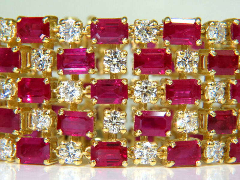$98,000 18kt Gia Video 55.25 Natural Top Gem Ruby Diamond Bracelet Hinged Blood