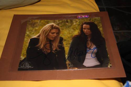 Stargate Universe SGU Alaina Huffman Elyse Levesque Dual Signed 8x10 Photo COA