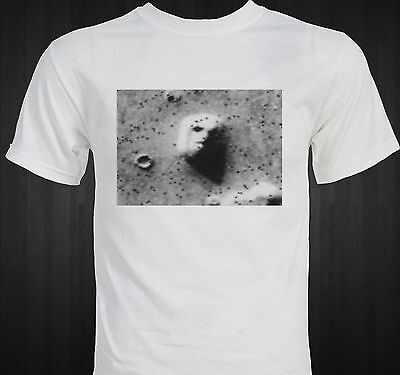 Famous Face on Mars astronomy image Mystery UFO Aliens T-shirt