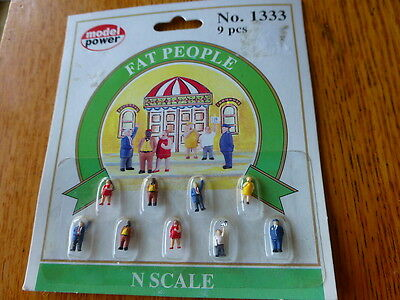 Model Power  1333 N Figures Painted Passengers    Fat People  9Pcs