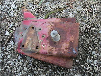 Farmall Md Tractor Ih Fuel Tank Mounting Bracket Starter Button Rod Holder