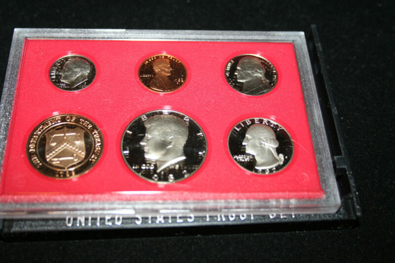 1982 US Coin Proof Set Kennedy Half Dollar BU Gem Proof Gift Free Shipping 67900