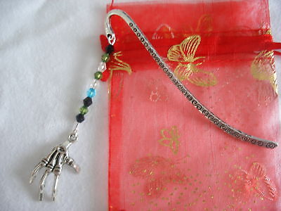 spooky halloween skeleton hand tibetan silver handmade bookmark birthday gift (Spooky Halloween Bookmarks)