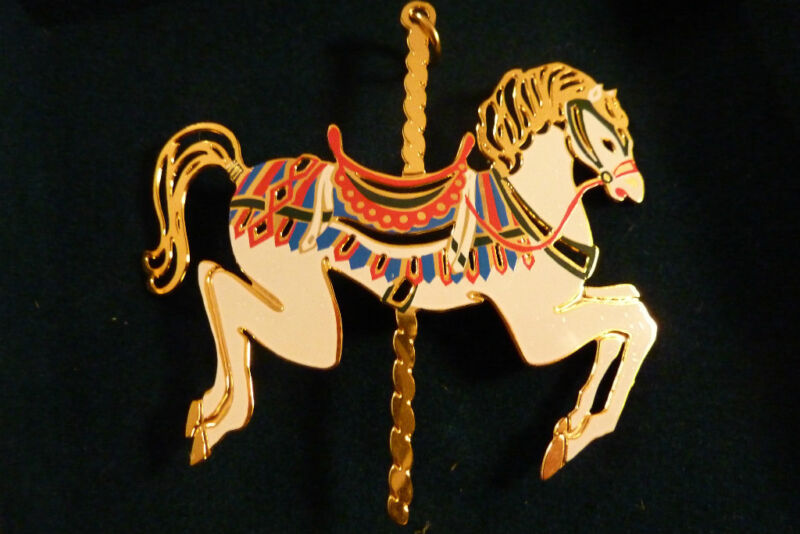 REED AND BARON  CAROUSEL HORSE  MINT IN BOX ..  V 1365 ORNAMENT   CHRISTMAS