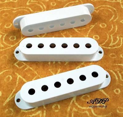 Cache Micro Stratocaster Blanc white cover pickup strat CVS1W