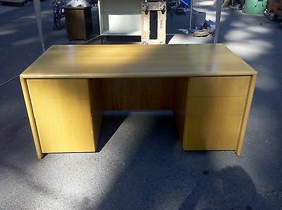 Desk Executive Type Oak Double Pedestal 33 X 65  We Deliver Locally Nor Ca