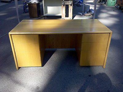 Desk Executive Type Oak Double Pedestal 33 X 65  We Deliver Locally Nor Ca