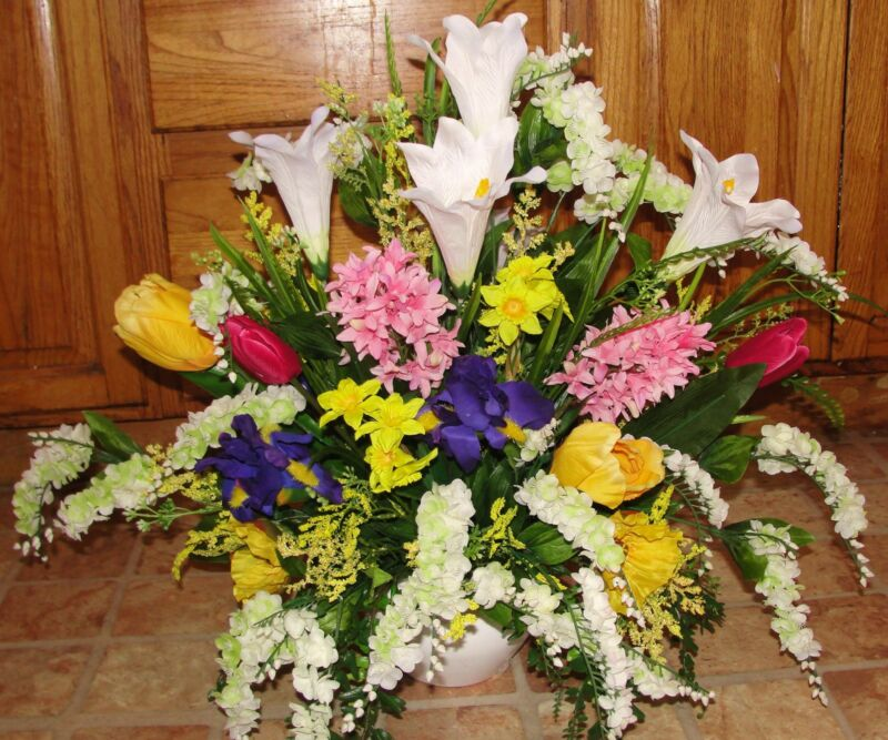 Spring Flower Arrangements Church Pews Wedding Altar Vases Receptions Cemetery