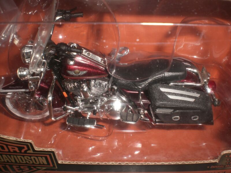 HARLEY 100TH 100 ANNIVERSARY ROAD KING LUXURY RED 1:18 ERTL MODEL DIECAST 2003