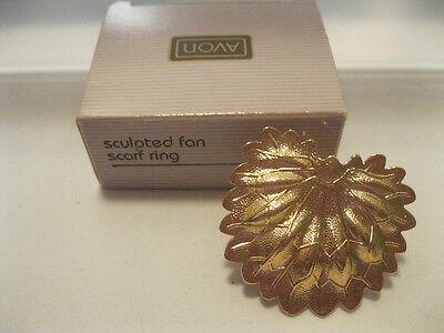 Avon Gold Tone Scarf Clip New In Box Sculpted Fan