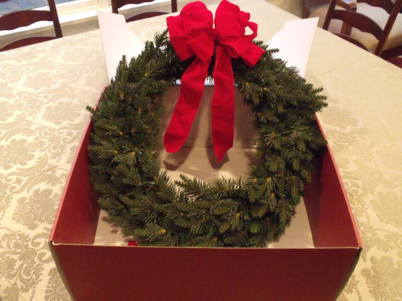 """Lenox Wired Christmas Pine Wreath 22"""" The Family Celebrations Luxury Green $119"""