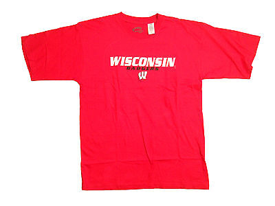 WISCONSIN BADGERS ADULT RED SHORT SLEEVE EMBROIDERED FELT T-SHIRT NEW