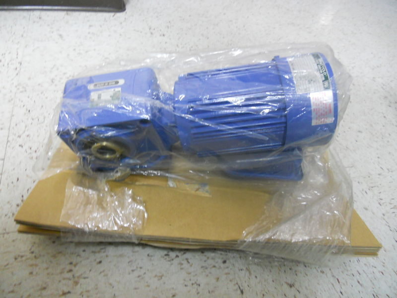 SUMITOMO TO-F/FB-02A NEW MOTOR W/GEAR HEAD