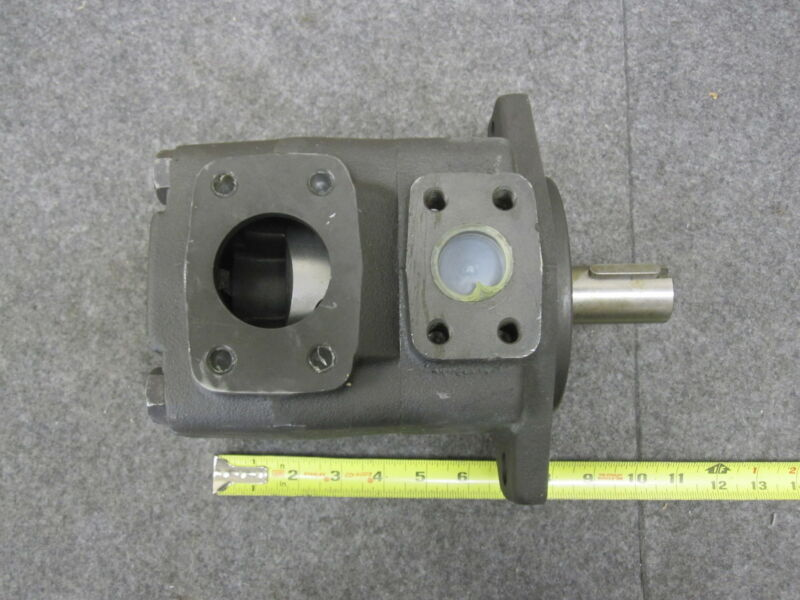 Bosch R900936294 Rexroth Vane Pump PVV4-1X/098RA15DMC New