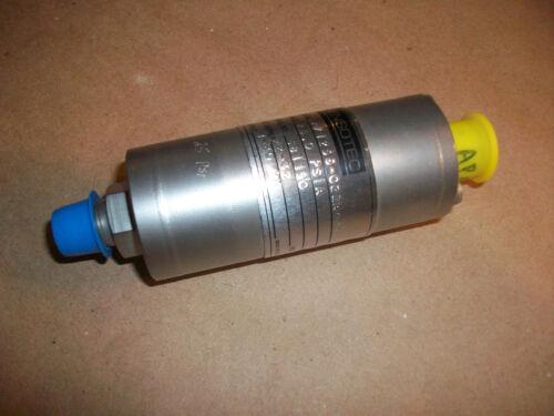 Sensotec Pressure Transducer Z/1256-02ZA03    NEW