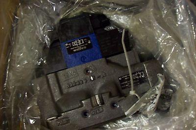 Nib Rexroth Bosch Hydraulic Valve 9810235628 9810231270 9810231270 New