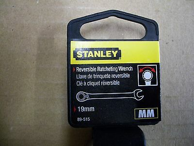 - New STANLEY 19 mm  Metric Reversible Ratchet Wrench    19 mm