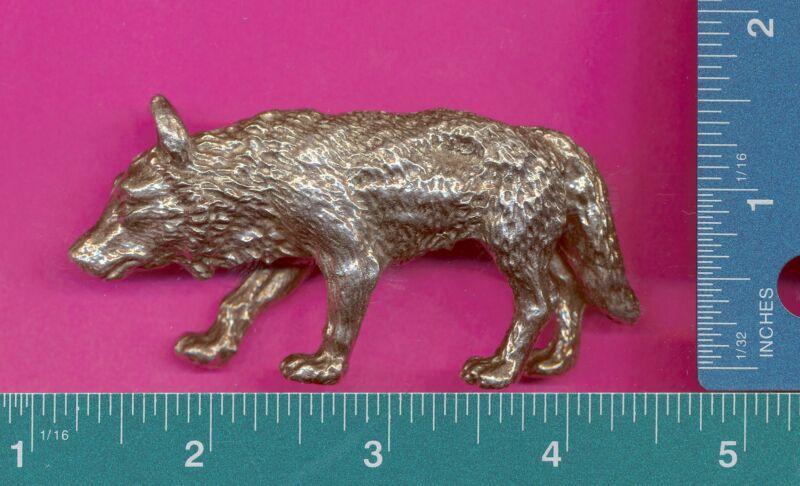 Lead free pewter wolf figurine P12506