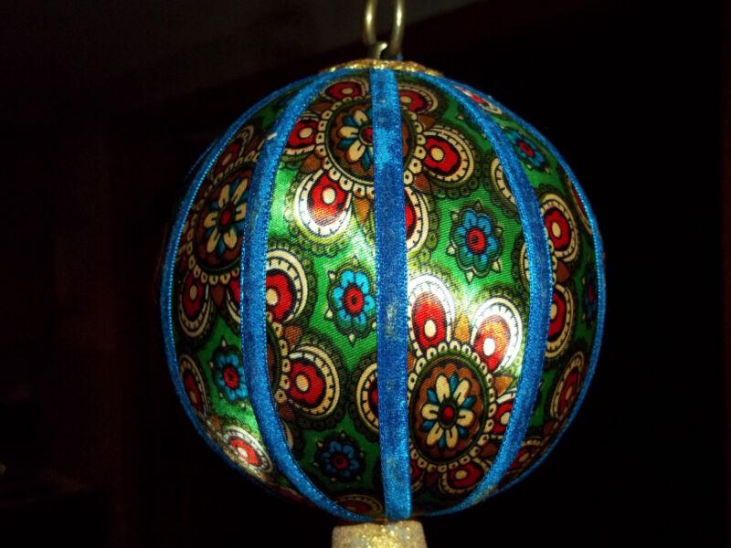 "Vintage Christmas Ornament - 5"" Round - Unusual - Excellent"