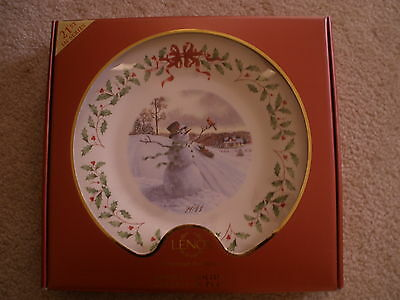 Lenox 2011 Annual Holiday Collector Plate Snowman First Quality New In Box