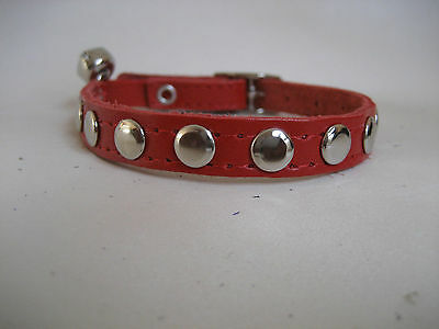 LEATHER RED FLAT STUDDED CAT COLLAR