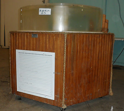 "HD COMMERCIAL ""MARINELAND"" 135 GAL. ACRYLIC AQUARIUM, LOBSTER TANK W/FILTRATION"